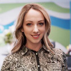 Jasmin Duesterhoeft, Hypnotist in Calgary