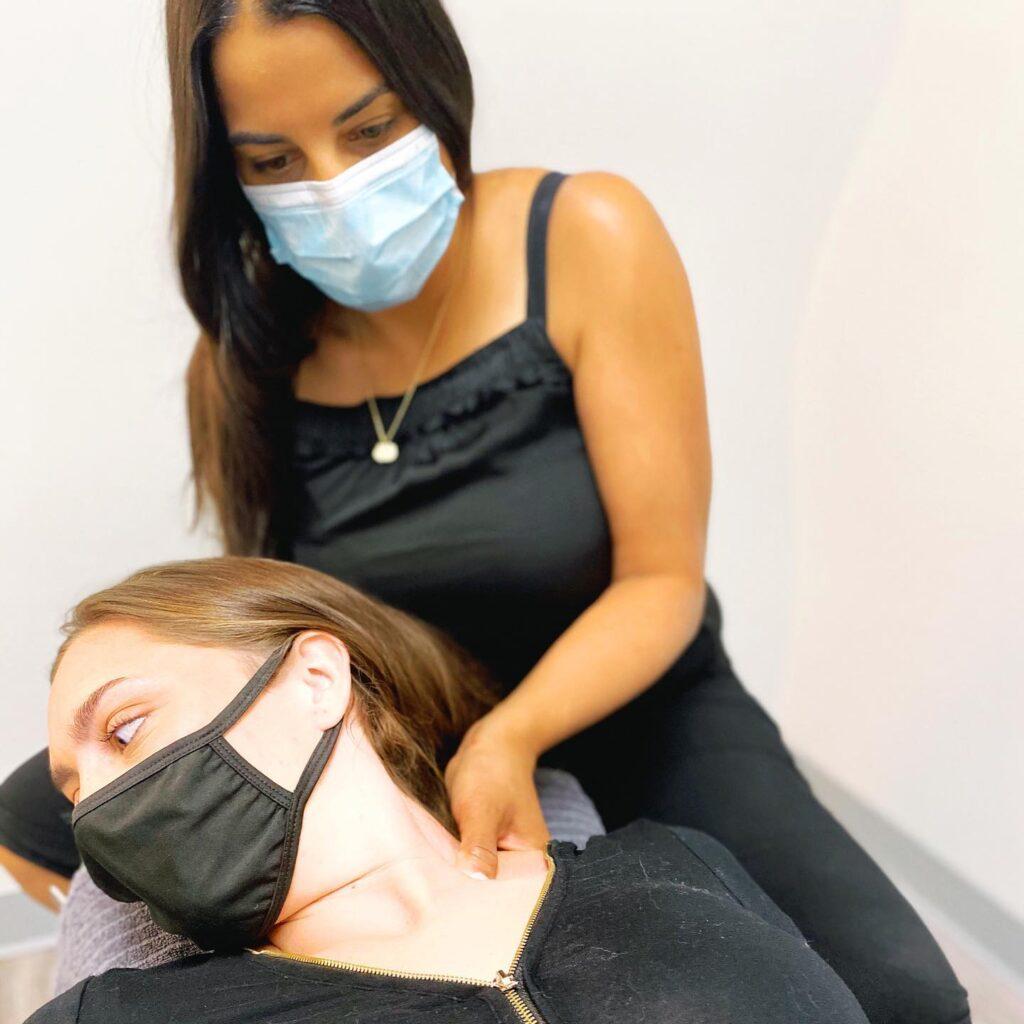 chiropractor treatment